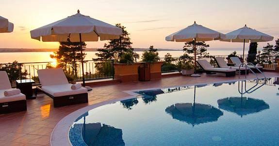 Hoteles baratos ofertas de hotel destinia for Hoteles bonitos madrid