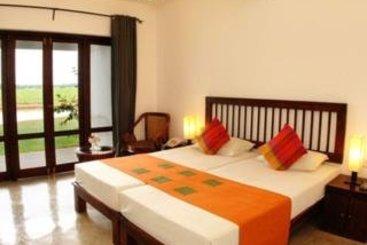 Hotel Kithala Resort  Tissamaharama