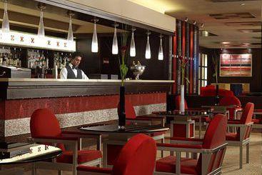 Atenas (mais vendido): Crowne Plaza Athens City Centre Hotel 5* desde 65€ por noite/pax (17 ago - 24 ago) [opção voos incl.]