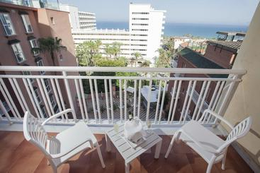 Room Hotel Fénix Torremolinos - Adults Only