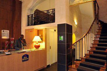 París (melhor preço): Best Western Hotel Montmartre Sacré Coeur 3* desde 35€ por noite/pax (17 jul - 18 jul) [opção voos incl.]
