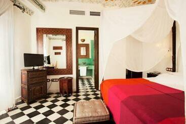 Hotel Alcoba del Rey Sevilla