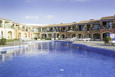 Swimming pool Aparthotel HYB Sea Club Ciutadella