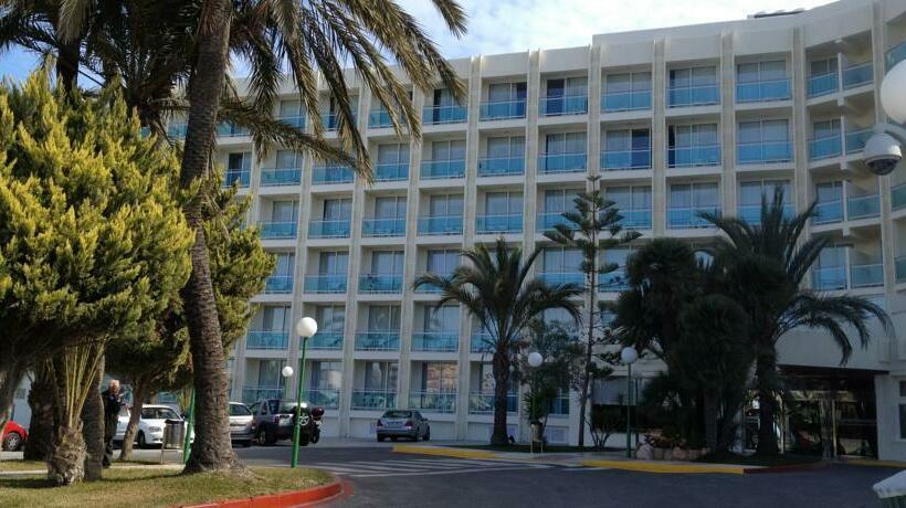 Outside Hotel Evenia Zoraida Park Roquetas de Mar
