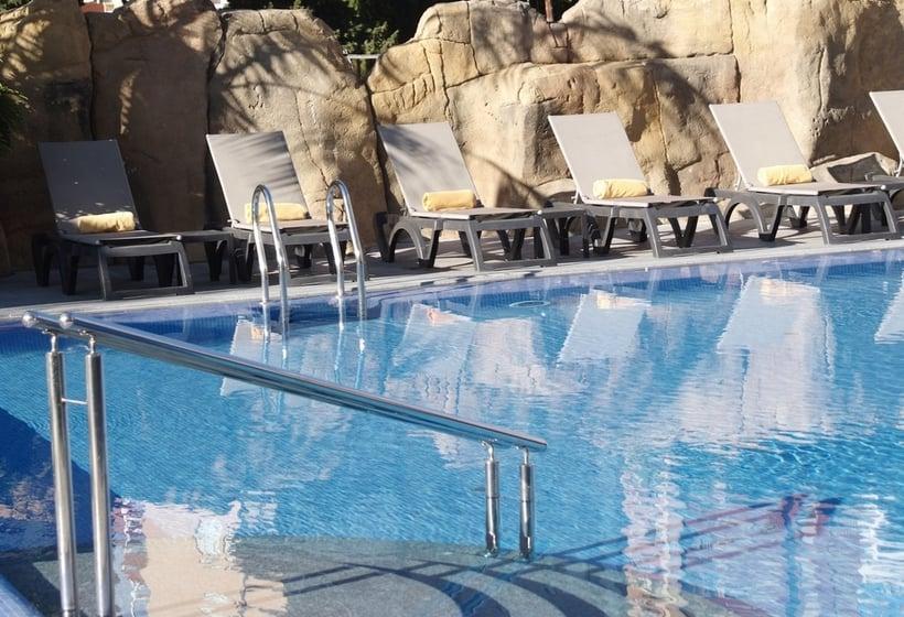 Swimming pool Hotel Sandos Mónaco Beach & Spa - Adults Only Benidorm