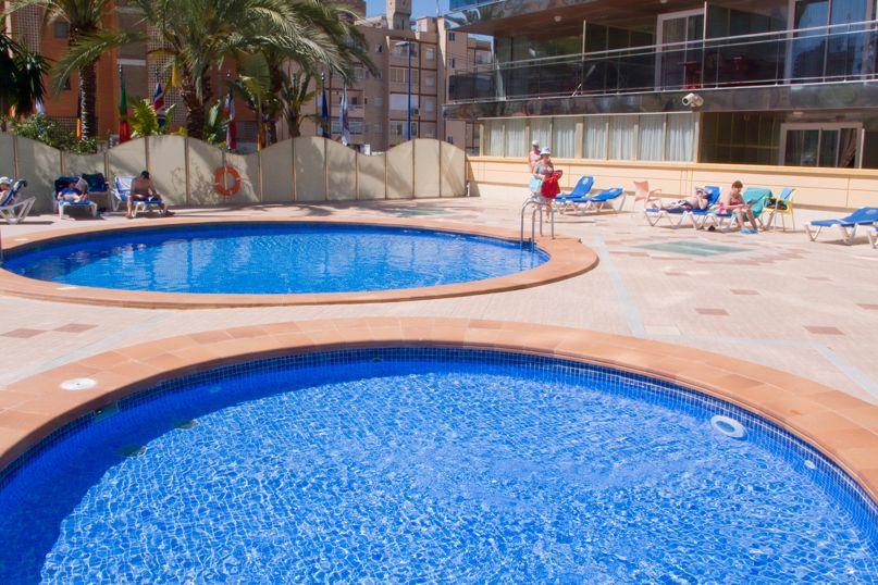 Swimming pool Hotel Servigroup Diplomatic Benidorm