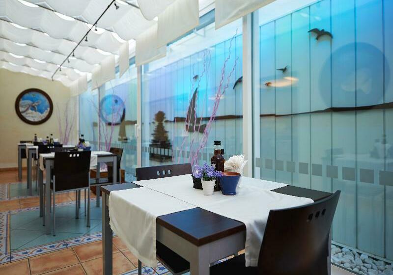 Hotel Lux Isla Talamanca
