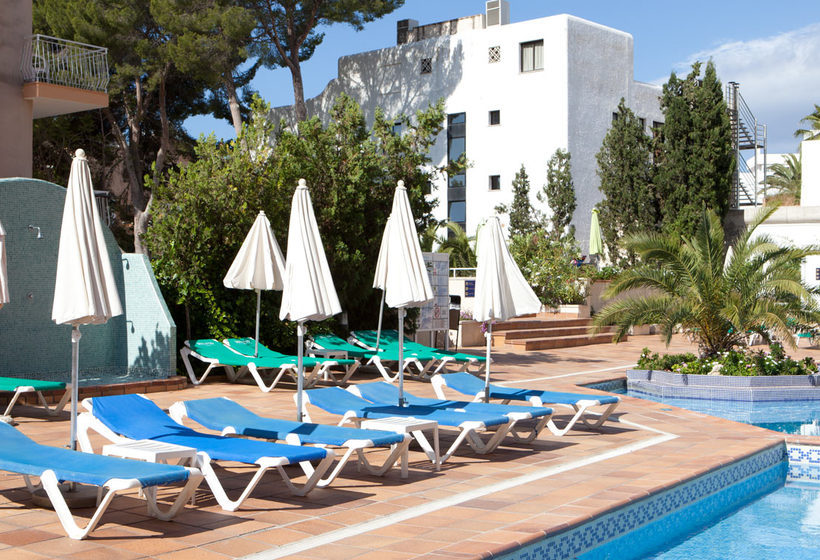 Swimming pool Hotel Seramar Sunna Park Paguera