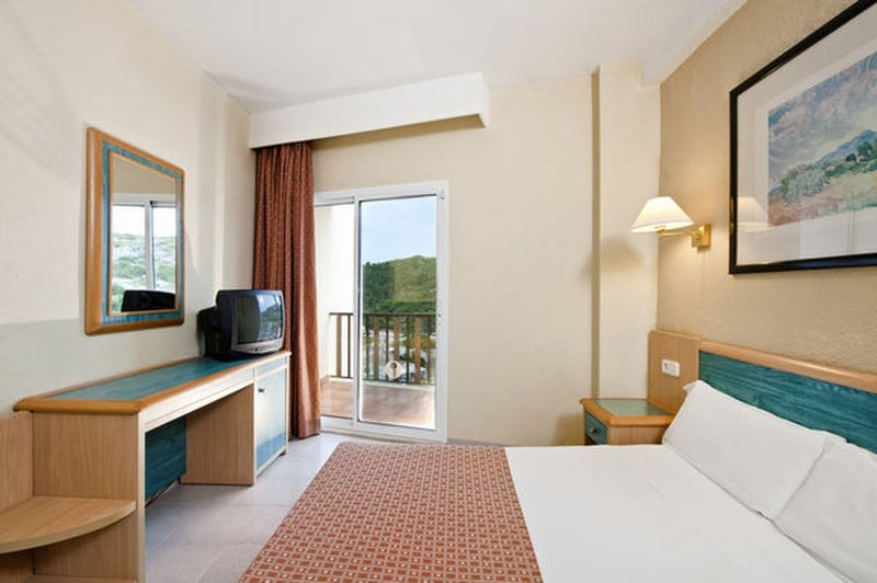 Room Hotel Sol Milanos Pingüinos Son Bou