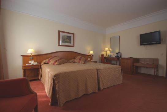 Hotel Hoyuela Santander