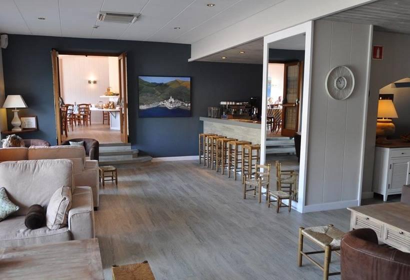 Cafeteria Hotel Playa Sol Cadaques