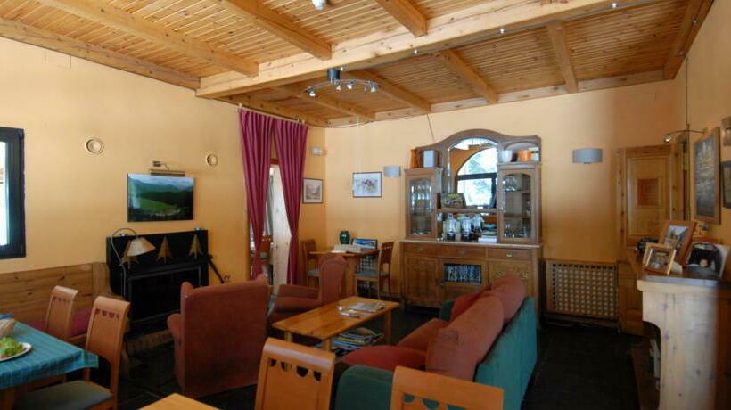 Hotel Banhs de Tredos Salardu