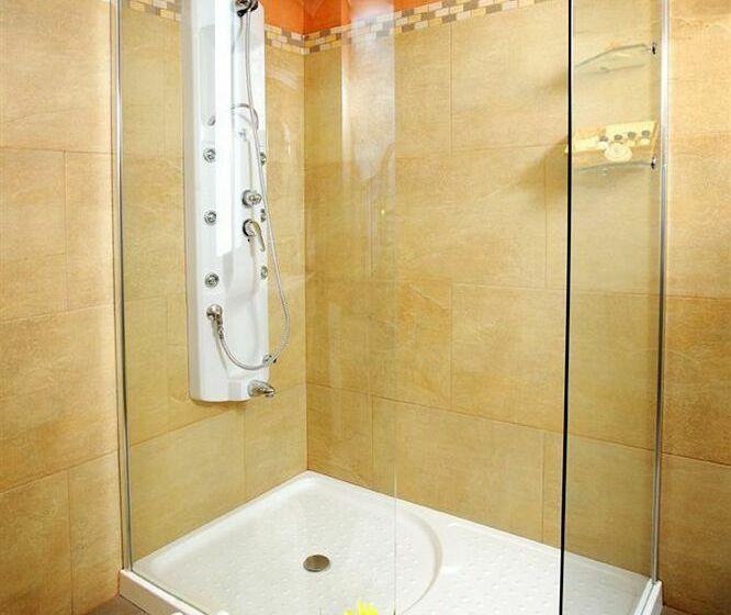 Bathroom Hotel Bécquer Seville