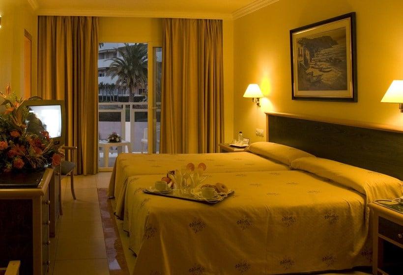 Room Hotel Las Arenas Benalmadena