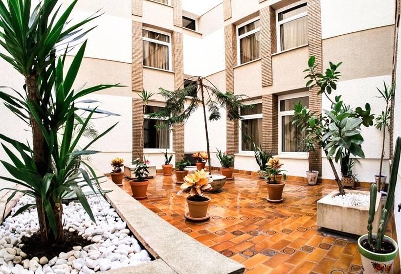 Exterior Hotel Pasarela Sevilla