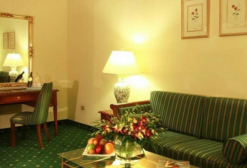 Room Hotel Regency Palace Amman