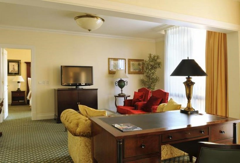 Room Hotel Lisbon Marriott
