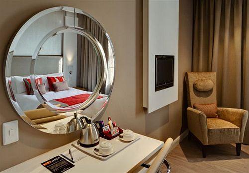 Protea Hotel Breakwater Lodge Cape Town