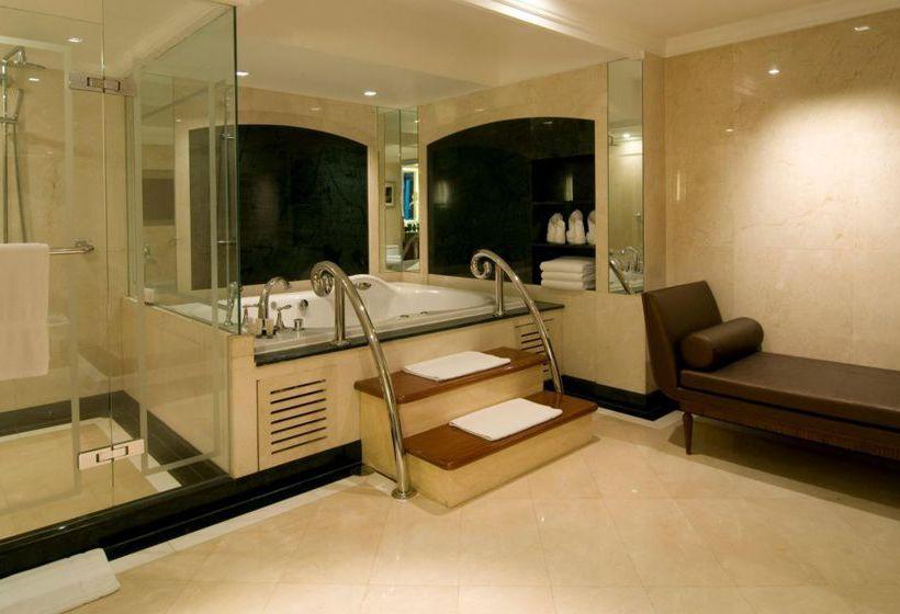 Bathroom Hotel Intercontinental Bangkok