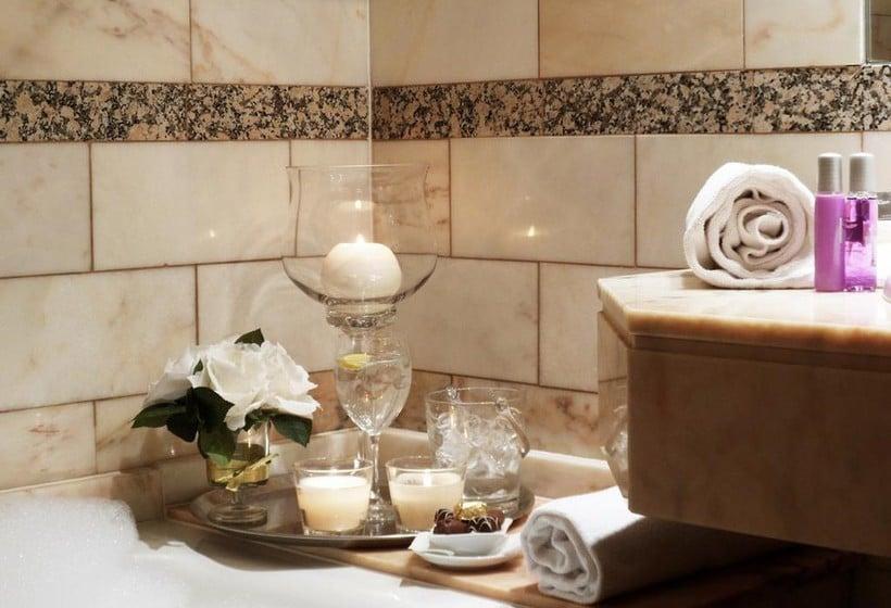 Cuarto de baño Aparthotel Casa Vella Ordino