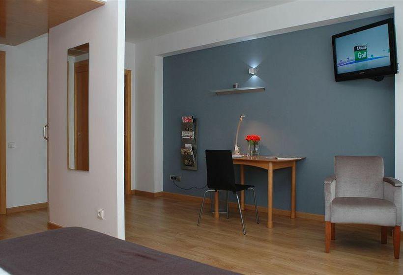 Atenea Valles Aparthotel Granollers