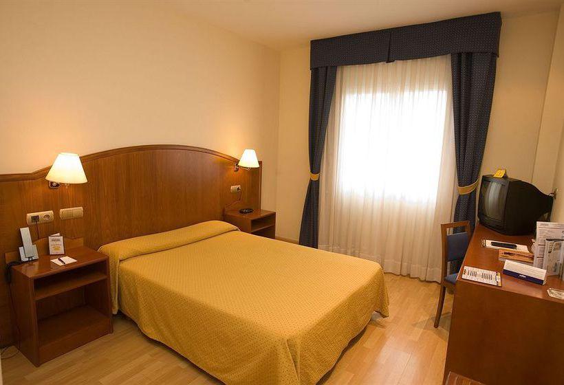 هتل Ponferrada Plaza