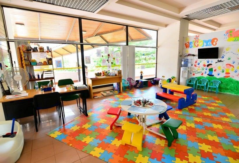 Children's facilities Clube Praia Da Rocha By ITC  Praia da Rocha