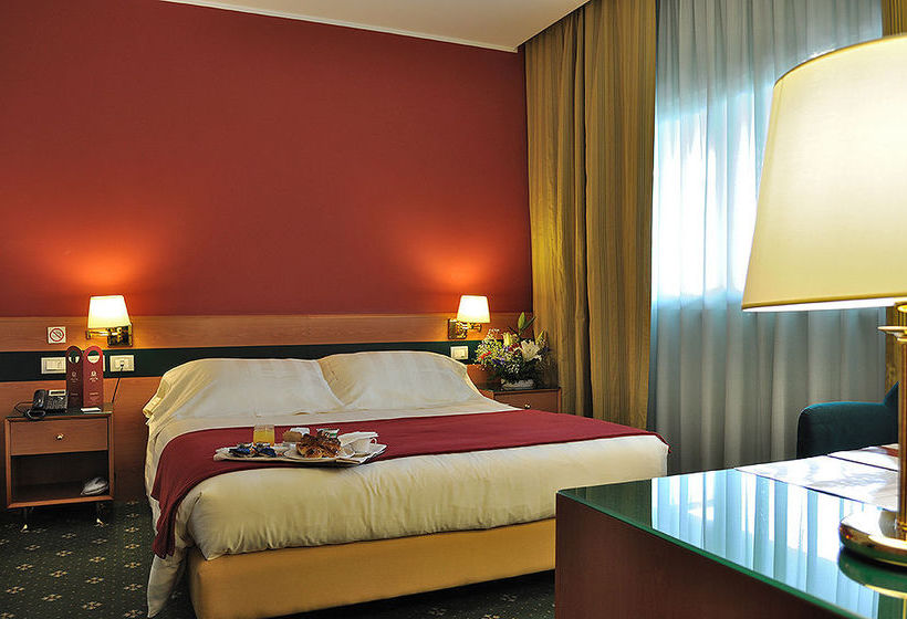 Hotel Oly Rome