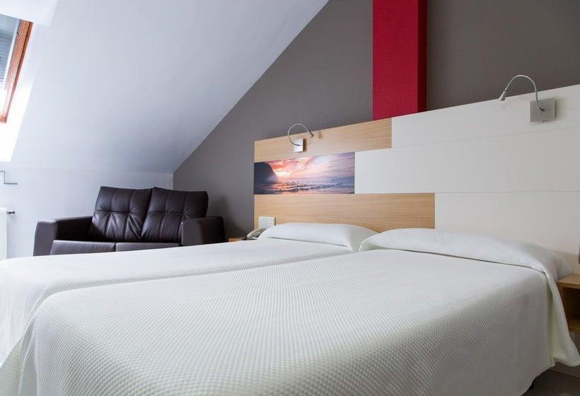 Room Hotel Château La Roca Sancibrian