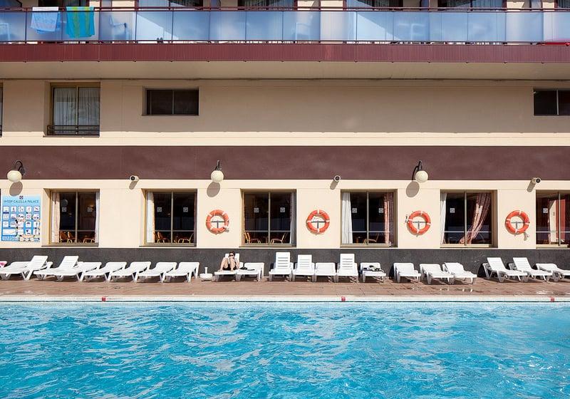 استخر هتل H Top Calella Palace کالیا