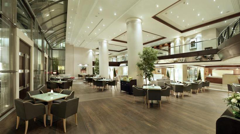 Restaurant Hotel Metropolitan Athens