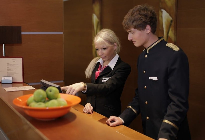 Reception PK Ilmarine Hotel  Tallinn