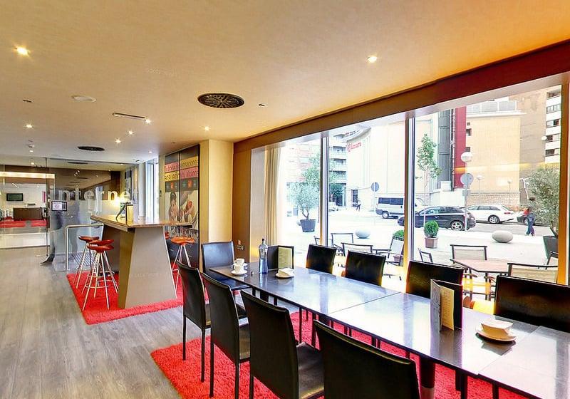 Cafeteria Hotel Abba Huesca