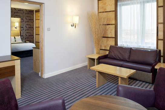 هتل Holiday Inn Belfast بلفاست