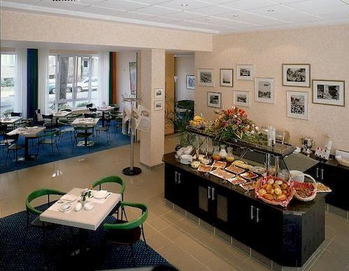 هتل Alt-Tempelhof برلين