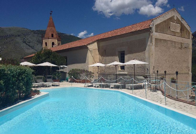Swimming pool Hotel La Locanda Delle Donne Monache Maratea