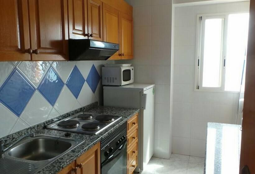 Cocina Apartamentos Torre Benibeach Benidorm