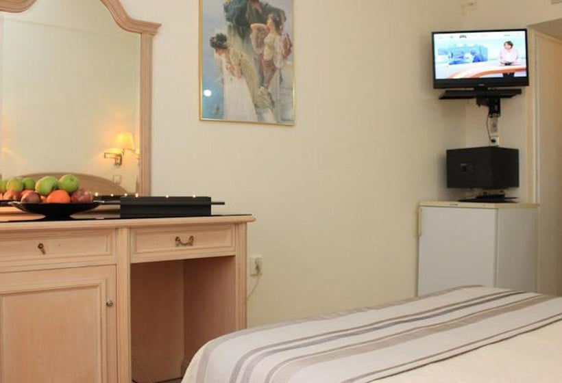 Room Hotel Hellinis Athens