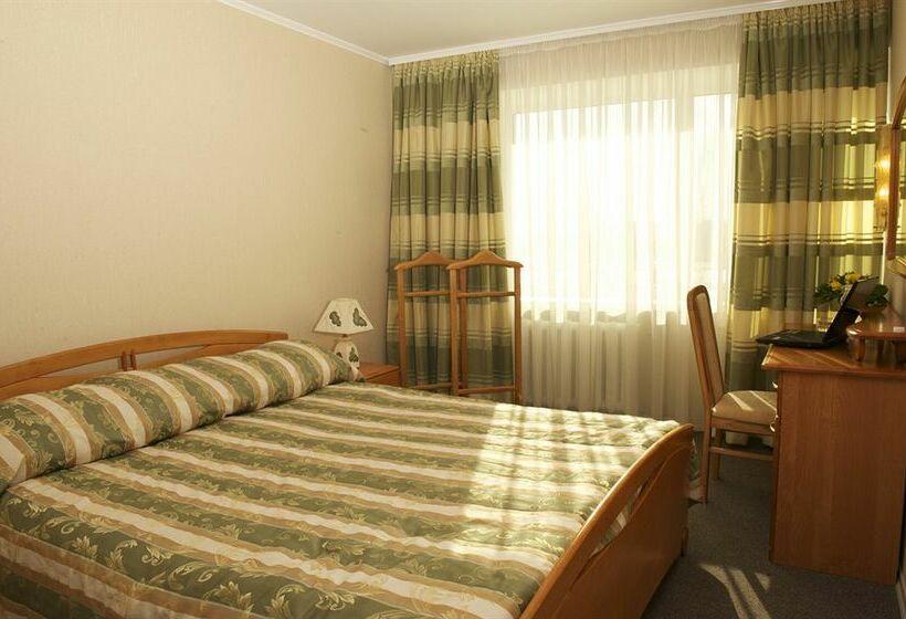 Hotel Slavutich Kiev