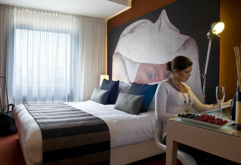 Hotel Tryp By Wyndham Antwerp Antwerpen