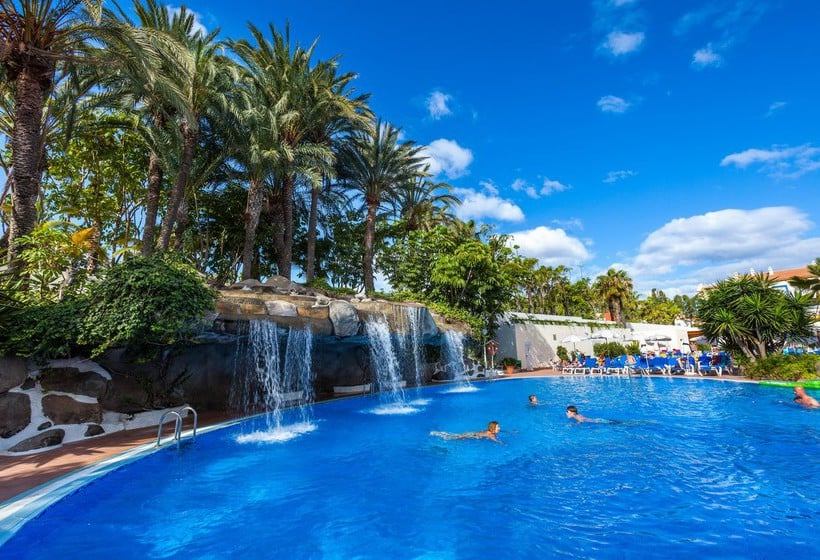Hotel best tenerife en playa de las am ricas destinia for Piscina 29 de abril telefono
