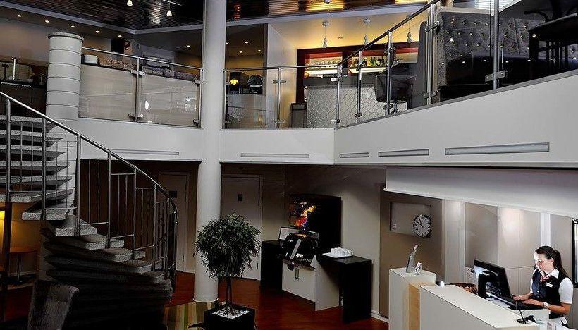 Hotel Ibis Stockholm Arlanda Airport