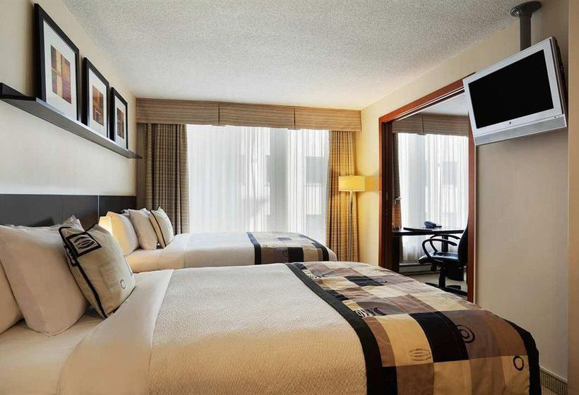 Hotel Embassy Suites Montreal
