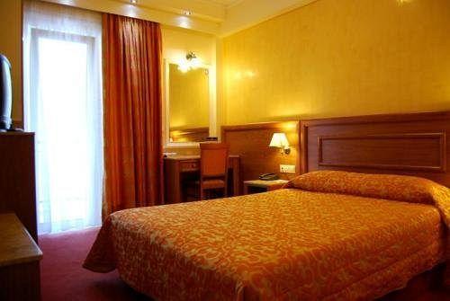 Hotel Poseidonio Piraeus