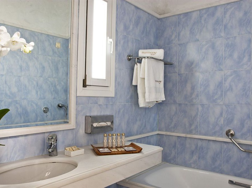 Bathroom Harmony Boutique Hotel Mykonos