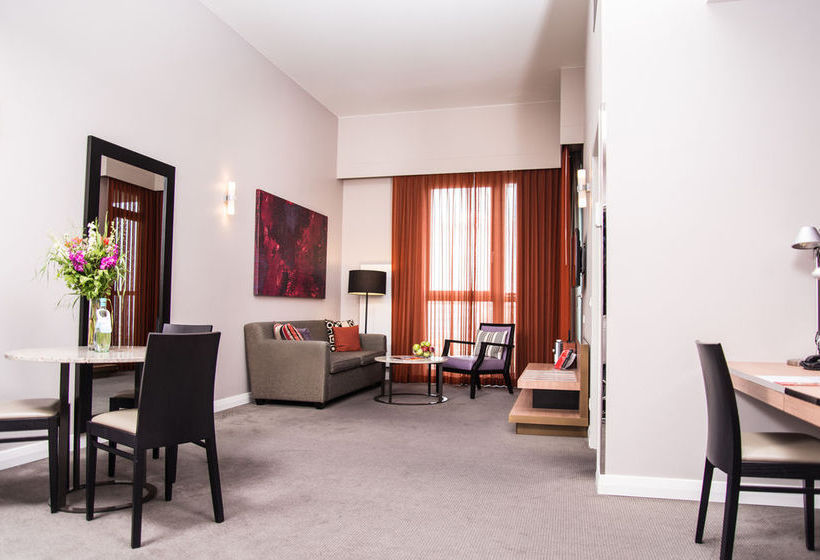 Adina Apartment Hotel Berlin Checkpoint Charlie