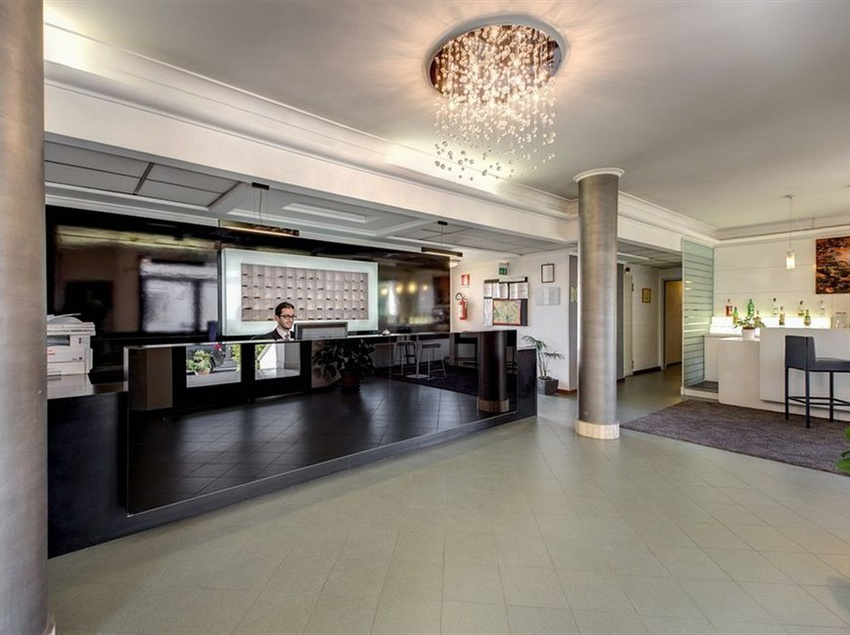 Reception Alba Hotel Torre Maura Rome