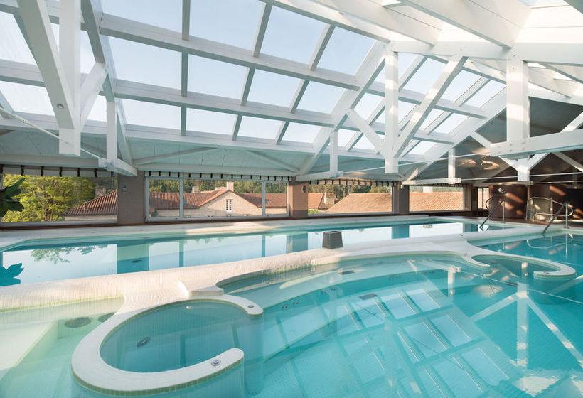 Swimming pool Hotel A Quinta Da Auga Santiago de Compostela
