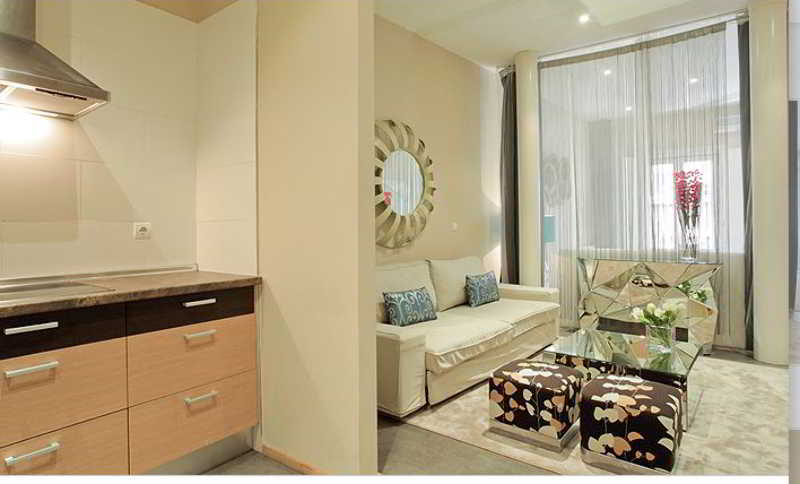 Apartasuites Satellite By Abalu Es Madrid