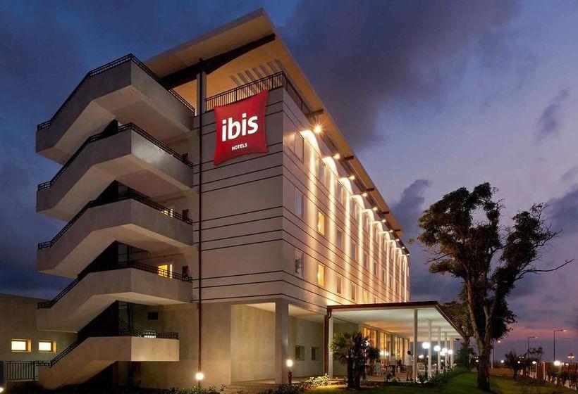 Hotel ibis bata en bata desde 58 destinia for Hotel ibis salamanca telefono